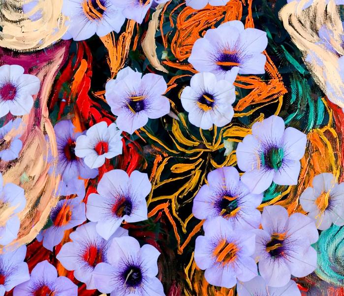 astrazione come di fiori eterei fluttuanti di colore indaco su sfondo screziato variopinto
