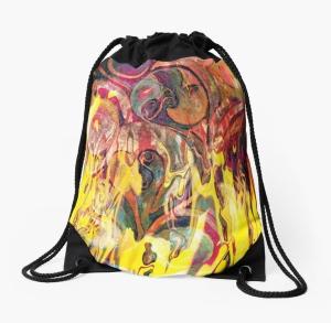 zainetto dai colori brillanti con rappresentazione come di un fuoco che si manifesta con forme come di fiamme su sfondo variopinto