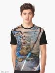 t-shirt grafica con immagine astratta fluida onirica con forme liquide, linee, onde e toni di blu e beige