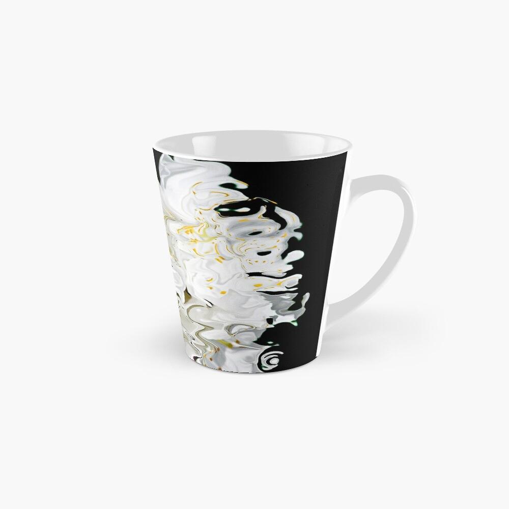 design astratto dai colori fluidi con contrasti di bianco e nero e sfumature di giallo su tazza alta