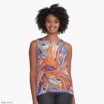camicetta da donna con tema astratto formato da forme confluenti in arancione e blu