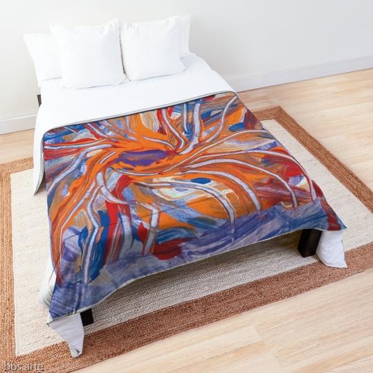 trapunta da letto con tema astratto di forme confluenti dai toni di lilla, arancione, rosso e blu