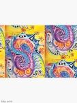 diario con copertina rigida aperta con motivo astratto di forme variopinte arrotondate in toni di rosso, bianco, arancione, rosa, nero, blu, celeste e viola con figure concentriche su sfondo giallo, con sfumature